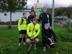 Svenja, Hans, Dennis, Roland und Frank am Start