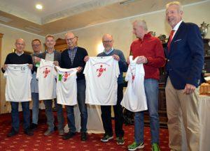 v.l.n.r.: die Jubilare Klaus-Peter Weinbörner, Uwe Klehr, Raimund Schledde, Arnulf Arentz, Horst Noffke, Ralf Ermler und Vorstandsprecher Rüdiger Arnold (Bild: Verein)